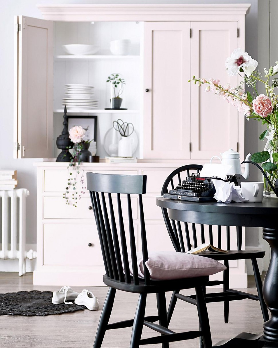 Cupboard, round table, wood, bespoke